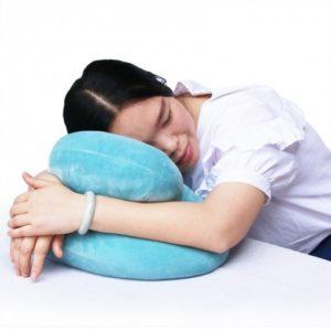 午睡有枕頭,再也不會手麻麻